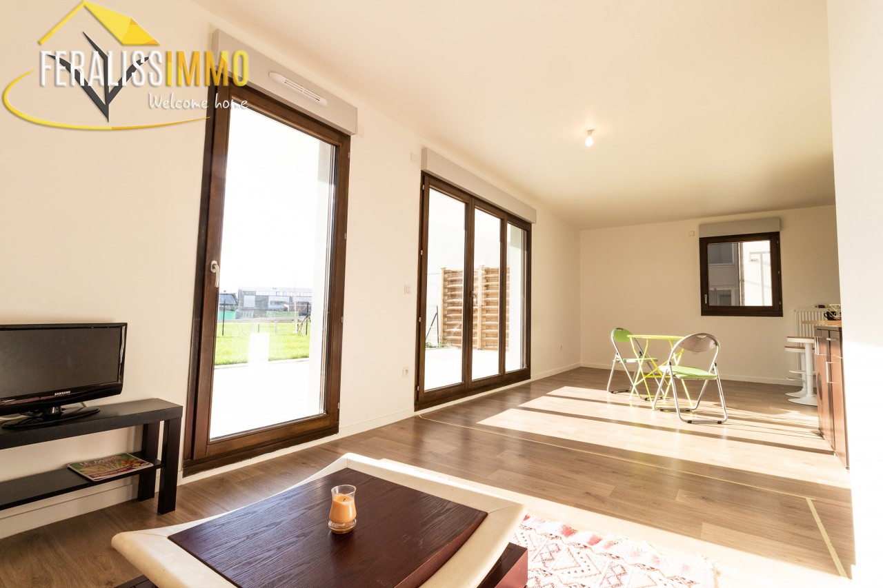 CARRIERES-SOUS-POISSY -  Yvelines (78) - Appartement - 3 chambres - Réf. 7530126